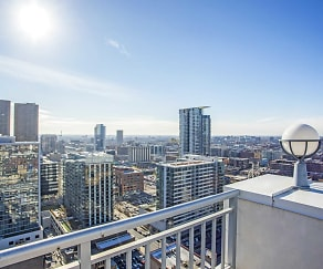 Rooftop Terrace City View, 180 North Jefferson