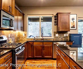 Kitchen, 1087 Timber Mtn Lane