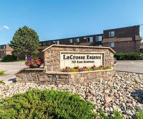 La Crosse Estates, 57701, SD