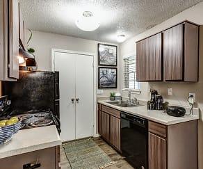 Kitchen, Cedar Glen