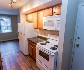 Kitchen, Maple Manor
