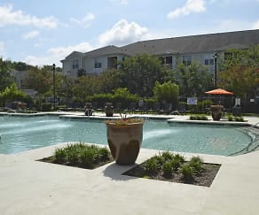Pool, The Grove At Oakbrook