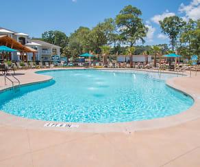 Pool, Parc at Broad River