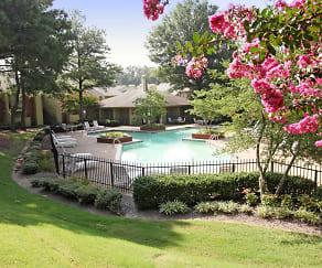 Pool, Briar Club
