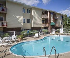 Pool, Markwood Apartments