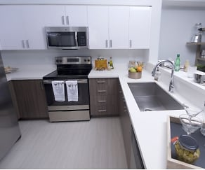 Kitchen, Miami Bay Midtown Residences