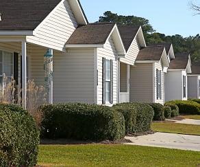 Building, West Towne Cottages