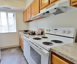 Kitchen, Villages At Montpelier Apartment Homes