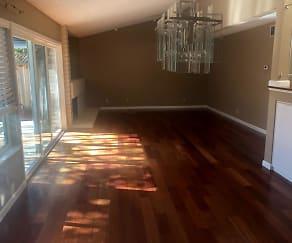paso  living room.jpg, 6074 Paso Los Cerritos