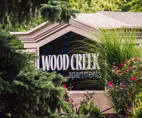 Community Signage, Wood Creek Apartments