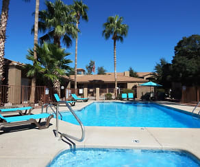 Pool, Mission Tierra