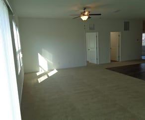 4894 St James Lane, Inwood, FL