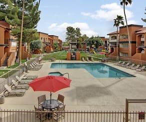 Pool, Country Club Verandas