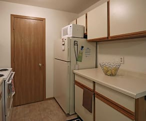 Kitchen, Park Trails Apartments