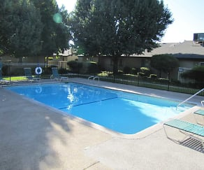 Pool, Maple Leaf Apartments