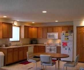 Kitchen, West Lake Townhomes