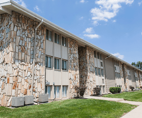 Stone Lodge Apartments