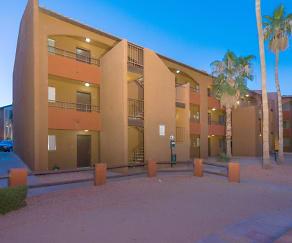 Building, Palm Aire
