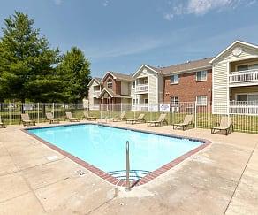 Pool, Crown Pointe Apartments