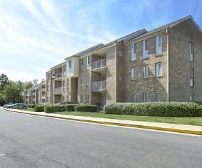 Building, The Apartments at Elmwood Terrace/Hunters Glen
