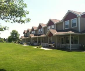 Building, Countryside Townhomes