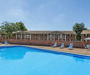 Pool, Regency Club