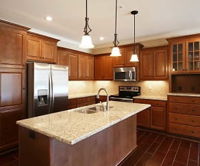 Kitchen, The Mansions at Canyon Creek