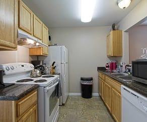 Kitchen, Palmer Court Townhomes