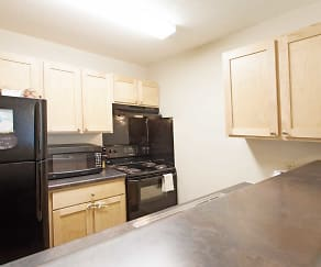 Kitchen, Lakeville Court LP