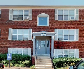 Building, Marlow Heights Apartments