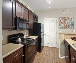 Kitchen, The Reserve at Maryville