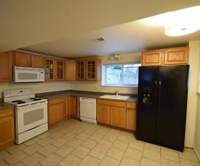 Kitchen, 702 Spruce St