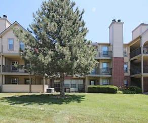 Building, Newport Apartments