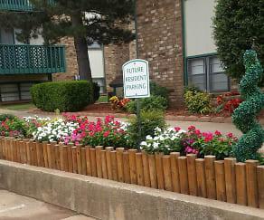Community Signage, Indian Oaks Apartments