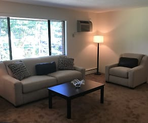 Rockingham Village Apartments, Amesbury, MA