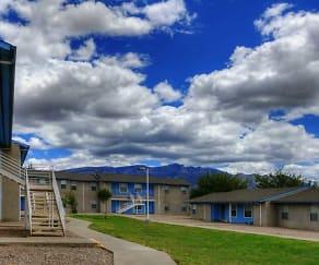 Building, Sandia Vista