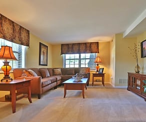 Living Room, Chapel Valley Townhomes