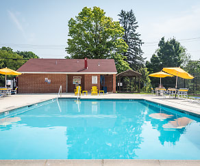Pool, Colebrook Apartments