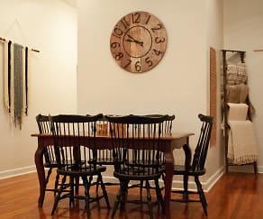 Dining Room, 1212 Kendrick Road NE