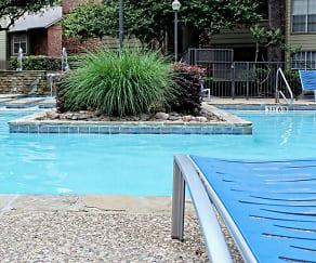 Pool, Chesapeake