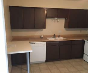 Kitchen, 104 Oak Trail Unit A
