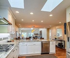 Kitchen, 1401 Mac Arthur Drive