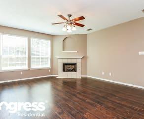 Living Room, 4805 Barnhill Ln