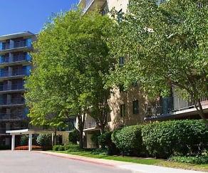 Building, Bridlewood Apartments