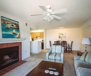 Living Room, Pass Pointe Apts