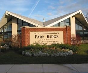 Building, Park Ridge Commons
