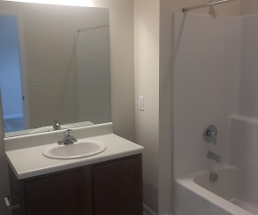 Bathroom, Cason Ridge Apartments