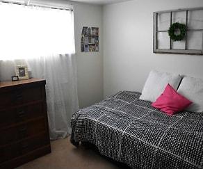 Bedroom, Campus Walk