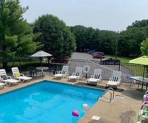 Pool, Apple Villa Apartments