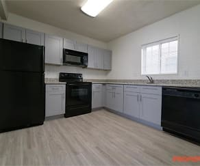 Kitchen, 1462 Memorial Dr.